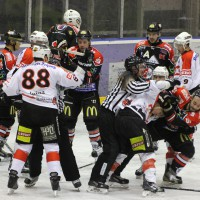 22-11-2013_eishockey_memmingen_indians_ecdc_buchloe-pirates_poeppel_new-facts-eu20131122_0088