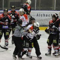 22-11-2013_eishockey_memmingen_indians_ecdc_buchloe-pirates_poeppel_new-facts-eu20131122_0089