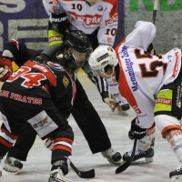 22-11-2013_eishockey_memmingen_indians_ecdc_buchloe-pirates_poeppel_new-facts-eu20131122_0091