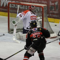 22-11-2013_eishockey_memmingen_indians_ecdc_buchloe-pirates_poeppel_new-facts-eu20131122_0093