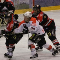 22-11-2013_eishockey_memmingen_indians_ecdc_buchloe-pirates_poeppel_new-facts-eu20131122_0110
