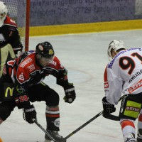 22-11-2013_eishockey_memmingen_indians_ecdc_buchloe-pirates_poeppel_new-facts-eu20131122_0118