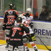 22-11-2013_eishockey_memmingen_indians_ecdc_buchloe-pirates_poeppel_new-facts-eu20131122_0142