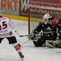 22-11-2013_eishockey_memmingen_indians_ecdc_buchloe-pirates_poeppel_new-facts-eu20131122_0144