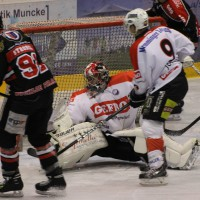 22-11-2013_eishockey_memmingen_indians_ecdc_buchloe-pirates_poeppel_new-facts-eu20131122_0148