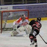 22-11-2013_eishockey_memmingen_indians_ecdc_buchloe-pirates_poeppel_new-facts-eu20131122_0159