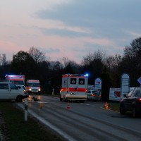 22-11-2013_neu-ulm_bellenberg_unfall_wis_new-facts-eu20131122_0002