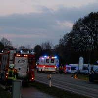 22-11-2013_neu-ulm_bellenberg_unfall_wis_new-facts-eu20131122_0004