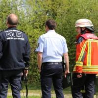 23-04-2014-biberach-kirchberg-hochspannungsleitung-unfall-arbeiter-feuerwehr-poeppel_new-facts-eu_0030