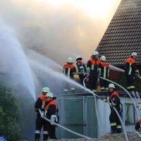 23-05-201_unterallgaeu_sontheim_Brand-Feuer_Garagenanbau_feuerwehr_poeppel_new-facts-eu_0008