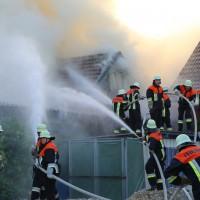 23-05-201_unterallgaeu_sontheim_Brand-Feuer_Garagenanbau_feuerwehr_poeppel_new-facts-eu_0009