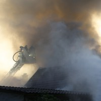 23-05-201_unterallgaeu_sontheim_Brand-Feuer_Garagenanbau_feuerwehr_poeppel_new-facts-eu_0018