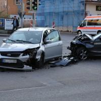 24-04-2014-ostallgaeu-kaufbeuren-unfall-verletzte-bahnhofstrasse-bringezu_new-facts-eu_0002