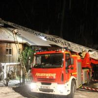 25-01-2014_oberallgaeu_rettenberg_kaminbrand_dachstuhl_feuerwehr_liss_new-facts-eu20140126_0014