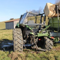 25-02-2015_unterallgaeu_legau_traktor-unfall_grolll_new-facts-eu20140225_0017