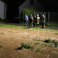 25-05-2014_biberach_ochsenhausen_Bach_ueberflutung_unweter_feuerwehr_poeppel_new-facts-eu_0003