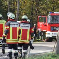 25-10-2013_unterallgau_woringen_unfall_lkw_pkw_schwerverletzt_feuerwehr-woringen_poeppel_new-facts-eu20131025_0017