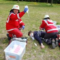 26-04-2014-memmingen-brk-bereitschaft-bayerisches-rotes-kreuz-uebung-verkehrsunfall-pressebilder-new-facts-eu_0065