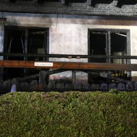26-04-2014-oberallgaeu-oberstdorf-brand-reihenhaeuser-16-verletzte-feuerwehr_new-facts-eu_0004