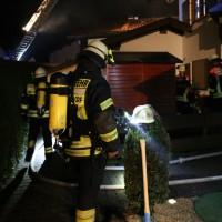 26-04-2014-oberallgaeu-oberstdorf-brand-reihenhaeuser-16-verletzte-feuerwehr_new-facts-eu_0017