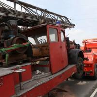 BY/GZ Feuerwehr-Oldtimer verliert Getriebe bei Überführungsfah