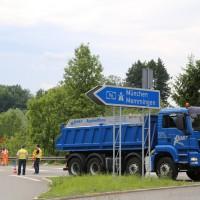 26-05-2014_b308-sigmarszell_lkw-gegen-wohnmobil-truemmerfeld_polizei_poeppel_new-facts-eu20140526_0039