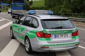 26-05-2014_b308-sigmarszell_lkw-gegen-wohnmobil-truemmerfeld_polizei_poeppel_new-facts-eu20140526_0047
