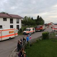 26-05-2014_ostallgaeu_uebung_unfall_feuerwehr_brk_notarzt_kaufbeuren_mauerstetten_bringezu_new-facts-eu_0052