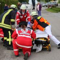 26-05-2014_ostallgaeu_uebung_unfall_feuerwehr_brk_notarzt_kaufbeuren_mauerstetten_bringezu_new-facts-eu_0070
