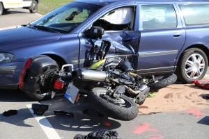 29-03-2014_oberallgaeu_sulzberg_oeschlesee_motorrad_pkw_oa7_unfall_poeppel_new-facts-eu20140329_0018