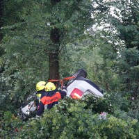 29-05-2014_a7_illertissen_voehringen_rudelsberger-forst_unfall_mutter_kind_feuerwehr_wis_new-facts-eu_0004