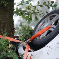 29-05-2014_a7_illertissen_voehringen_rudelsberger-forst_unfall_mutter_kind_feuerwehr_wis_new-facts-eu_0006
