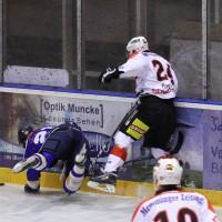 29-11-2013_ecdc-memmingen_eishockey_indians_ehc-waldkraigburg_bel_fuchs_new-facts-eu20131129_0003