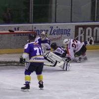 29-11-2013_ecdc-memmingen_eishockey_indians_ehc-waldkraigburg_bel_fuchs_new-facts-eu20131129_0007