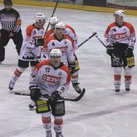 29-11-2013_ecdc-memmingen_eishockey_indians_ehc-waldkraigburg_bel_fuchs_new-facts-eu20131129_0012