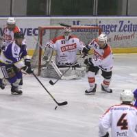 29-11-2013_ecdc-memmingen_eishockey_indians_ehc-waldkraigburg_bel_fuchs_new-facts-eu20131129_0040