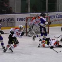 29-11-2013_ecdc-memmingen_eishockey_indians_ehc-waldkraigburg_bel_fuchs_new-facts-eu20131129_0057
