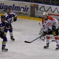 29-11-2013_ecdc-memmingen_eishockey_indians_ehc-waldkraigburg_bel_fuchs_new-facts-eu20131129_0067