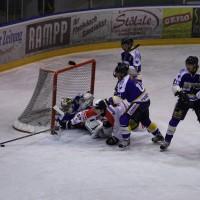 29-11-2013_ecdc-memmingen_eishockey_indians_ehc-waldkraigburg_bel_fuchs_new-facts-eu20131129_0087