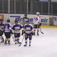 29-11-2013_ecdc-memmingen_eishockey_indians_ehc-waldkraigburg_bel_fuchs_new-facts-eu20131129_0090