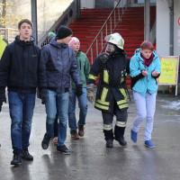 30-11-2013_ostallgau_kaufbeuren_katastrophenschutzteilubung_eisstadion_ammoniak_bringezu_new-facts-eu20131130_0046
