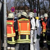 30-11-2013_ostallgau_kaufbeuren_katastrophenschutzteilubung_eisstadion_ammoniak_bringezu_new-facts-eu20131130_0050