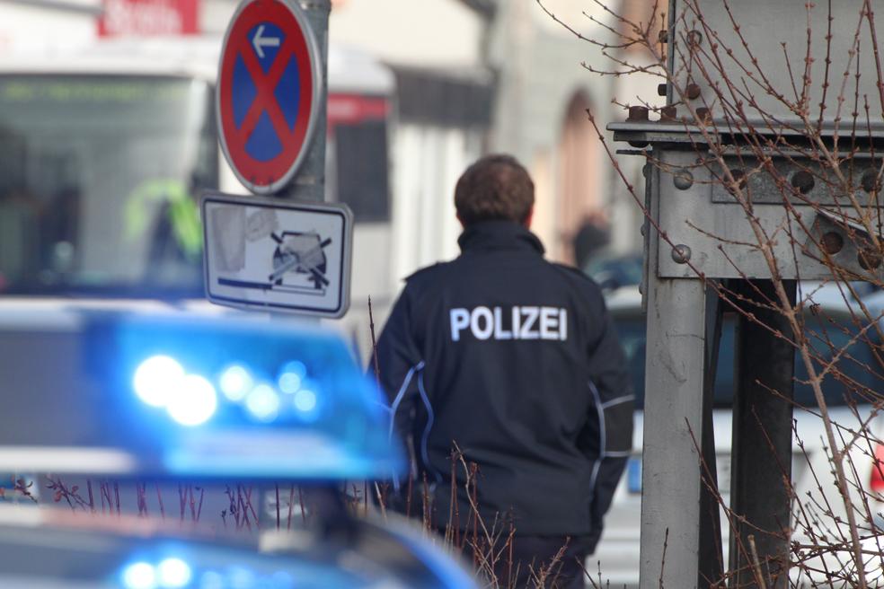 31-01-2014_memmingen_bahnhof_bombeneinsatz_rucksack_polizei__poeppel_new-facts-eu20140131_0109