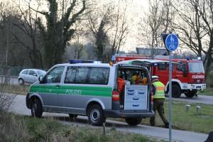 31-03-2014_unterallgaeu_kirchheim_unfall_wanzl-kreuzung_schwerverletzte_feuerwehr_poeppel_new-facts-eu20140331_0004
