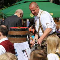 31-05-2014_memminger_stadtfest_stadtkapelle_anstich_poeppel_new-facts-eu_0038