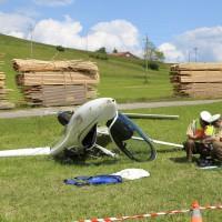 31-05-2014_wiggensbach_wagenbuehl_absturz_segelflugzeug_schwerverletzt_feuerwehr_polizei_poeppel_new-facts-eu_006