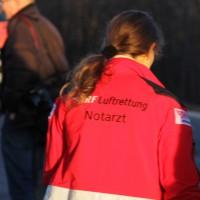31-12-2013_b31_as-weissensberg_unfall_pkw_lkw_junge-frau-tot_poeppel_new-facts-eu20131231_0015