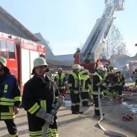 31-12-2013_unterallgau_erkheim_Industriebrand_Schreinerei_silo_feuerwehr_poeppel_new-facts-eu20131231_0019