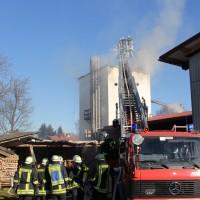 31-12-2013_unterallgau_erkheim_Industriebrand_Schreinerei_silo_feuerwehr_poeppel_new-facts-eu20131231_0071