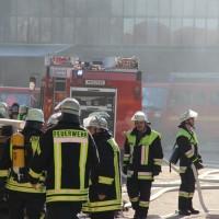 31-12-2013_unterallgau_erkheim_Industriebrand_Schreinerei_silo_feuerwehr_poeppel_new-facts-eu20131231_0090